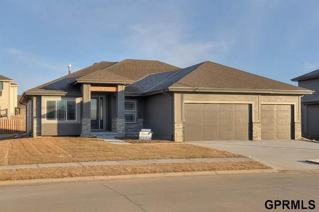 4716 N 189th Street, Elkhorn, NE 68022 (MLS #22108863) :: Omaha Real Estate Group
