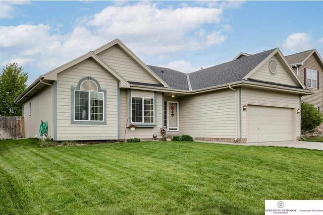 17020 Morgan Avenue, Gretna, NE 68028 (MLS #22108888) :: Omaha Real Estate Group