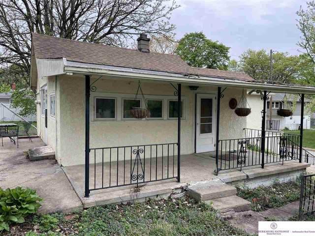 4311 Oak Street, Omaha, NE 68105 (MLS #22108931) :: Dodge County Realty Group