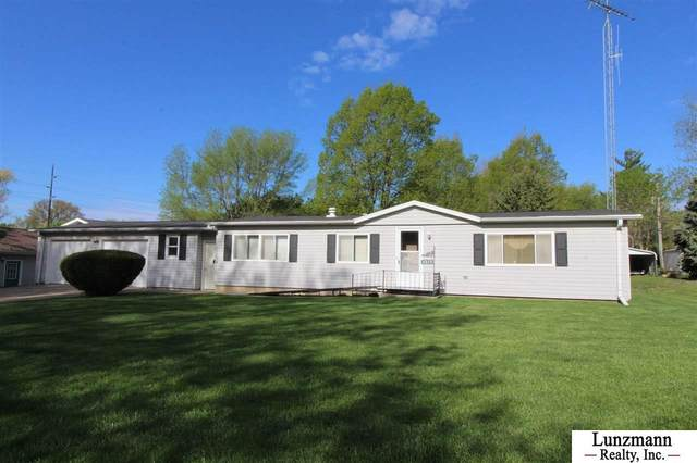 2512 R Street, Auburn, NE 68305 (MLS #22109018) :: Capital City Realty Group