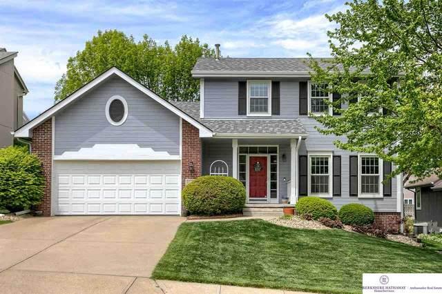 17322 William Circle, Omaha, NE 68130 (MLS #22109024) :: Don Peterson & Associates
