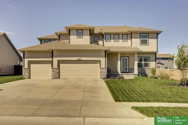 11612 S 110th Avenue, Papillion, NE 68046 (MLS #22109037) :: Omaha Real Estate Group