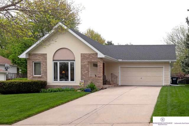 2521 Cindy Drive, Lincoln, NE 68512 (MLS #22109059) :: Dodge County Realty Group