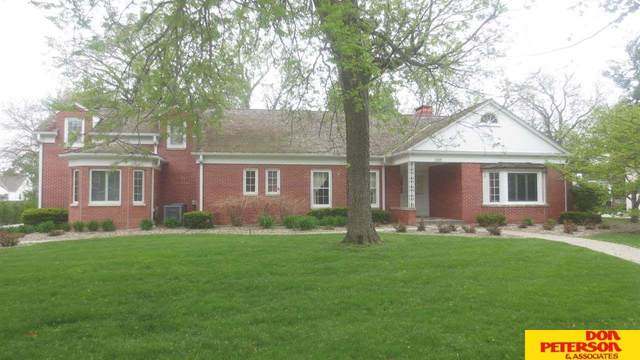 1820 N Nye Avenue, Fremont, NE 68025 (MLS #22109085) :: Dodge County Realty Group