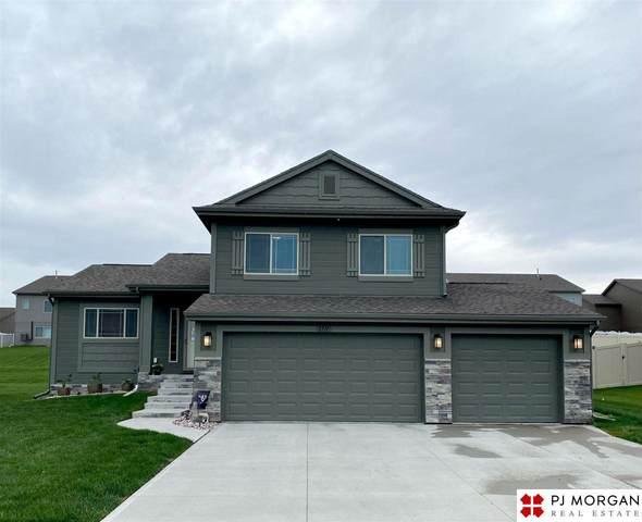1711 Mesa Street, Bellevue, NE 68123 (MLS #22109129) :: Dodge County Realty Group