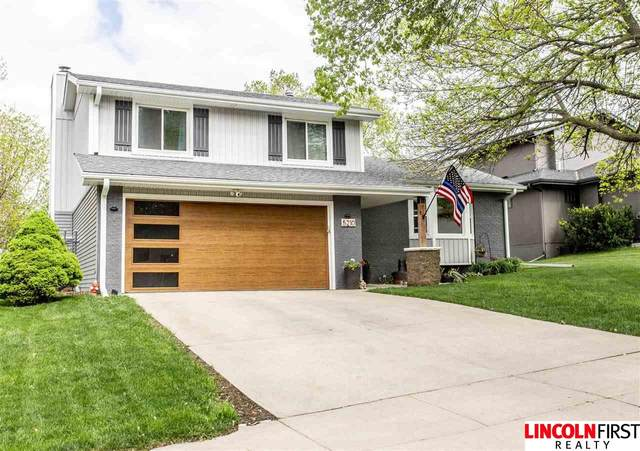 5210 Rosebriar Court, Lincoln, NE 68516 (MLS #22109166) :: The Briley Team