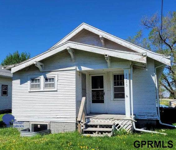 1123 N Greenwood Avenue, York, NE 68467 (MLS #22109278) :: Omaha Real Estate Group