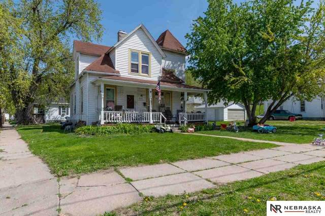 608 Mill Street, Council Bluffs, IA 51503 (MLS #22109293) :: Dodge County Realty Group