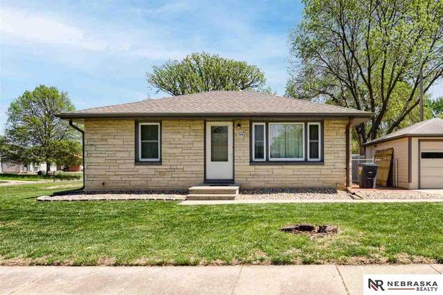 3442 N 57Th Street, Lincoln, NE 68507 (MLS #22109381) :: Dodge County Realty Group