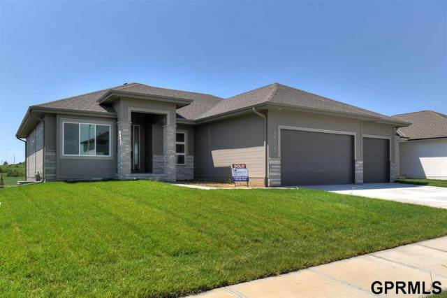 3004 N 184th Street, Elkhorn, NE 68022 (MLS #22109391) :: Don Peterson & Associates