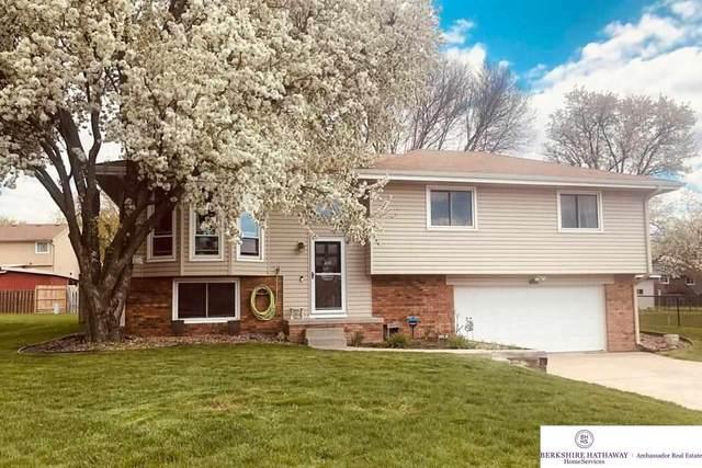 11013 S 24 Street Circle, Bellevue, NE 68123 (MLS #22109395) :: Omaha Real Estate Group