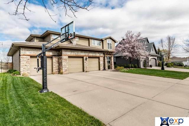 7210 N 153rd Circle, Bennington, NE 68007 (MLS #22109400) :: Dodge County Realty Group