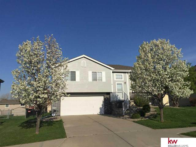 11004 S 17 Street, Bellevue, NE 68123 (MLS #22109418) :: Omaha Real Estate Group