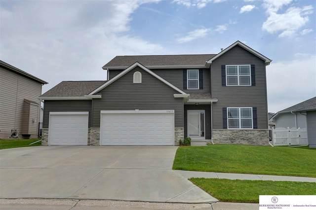 11423 S 173 Avenue, Gretna, NE 68028 (MLS #22109429) :: Omaha Real Estate Group