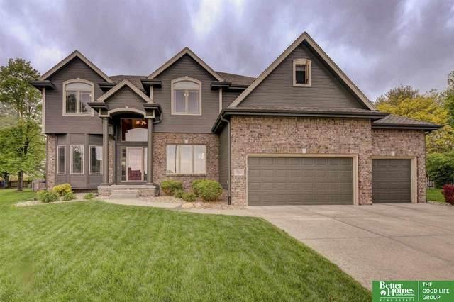 17382 Cinnamon Circle, Omaha, NE 68135 (MLS #22109436) :: Dodge County Realty Group