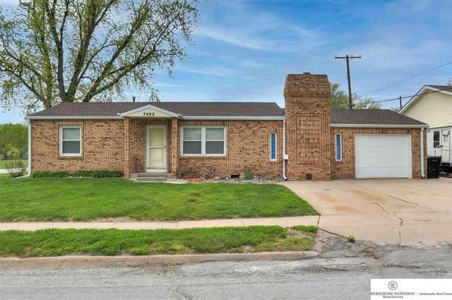 7402 Terry Drive, La Vista, NE 68128 (MLS #22109471) :: Omaha Real Estate Group