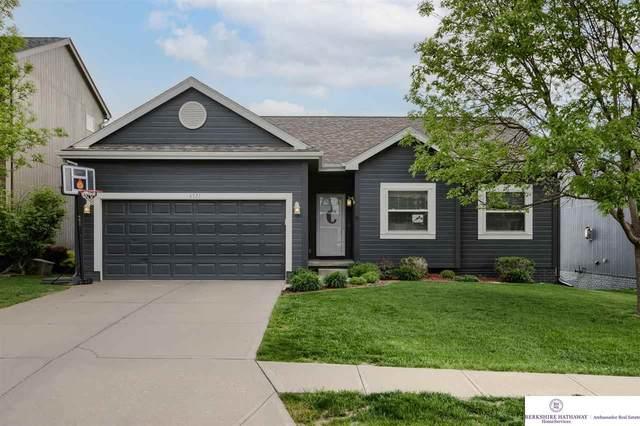 6321 S 191 Terrace, Omaha, NE 68135 (MLS #22109474) :: Omaha Real Estate Group