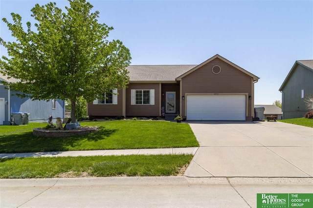 20723 Locust Street, Gretna, NE 68028 (MLS #22109553) :: Omaha Real Estate Group