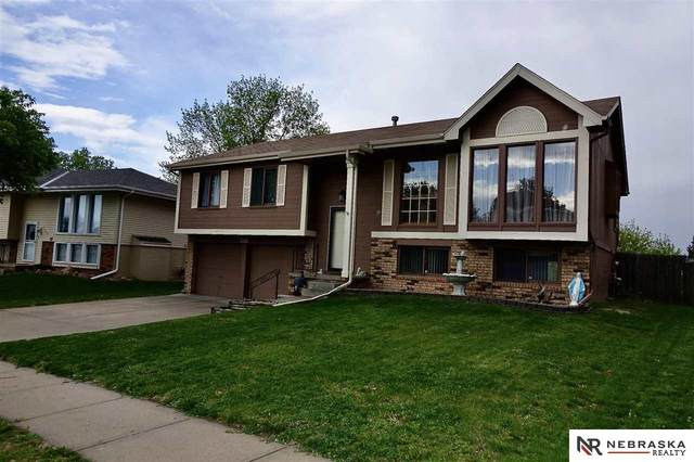 7107 Audrey Street, Omaha, NE 68138 (MLS #22109569) :: Dodge County Realty Group