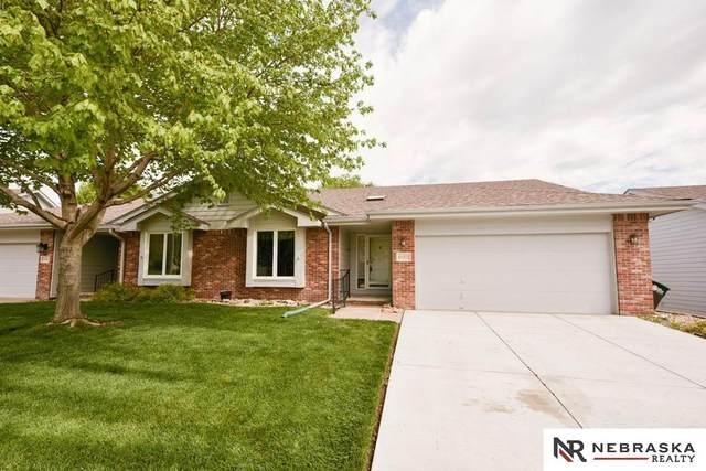 13322 Hillsborough Drive, Omaha, NE 68164 (MLS #22109574) :: Dodge County Realty Group