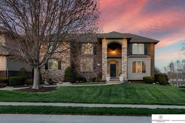16222 Hartman Avenue, Omaha, NE 68116 (MLS #22109598) :: Omaha Real Estate Group