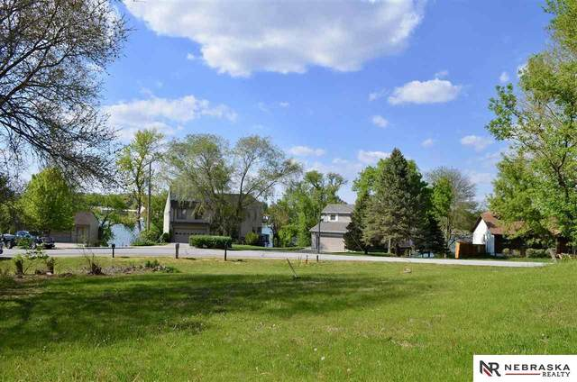 2516 Oxford Court, Plattsmouth, NE 68048 (MLS #22109599) :: Dodge County Realty Group