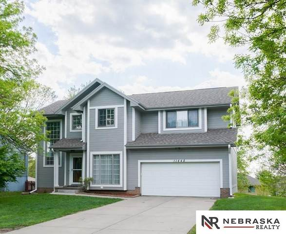 11448 Nebraska Circle, Omaha, NE 68164 (MLS #22109673) :: Omaha Real Estate Group