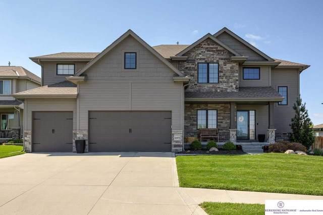18871 Manderson Circle, Omaha, NE 68022 (MLS #22109677) :: Dodge County Realty Group