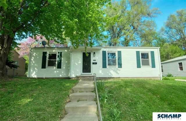 1012 N 77 Avenue, Omaha, NE 68114 (MLS #22109700) :: Omaha Real Estate Group