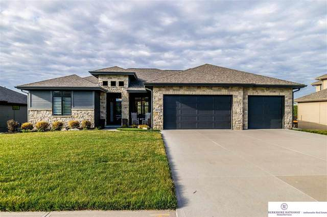 1879 Blue Sage Parkway, Omaha, NE 68022 (MLS #22109705) :: Omaha Real Estate Group