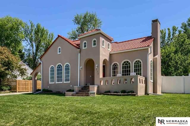 113 S 68th Avenue, Omaha, NE 68132 (MLS #22109714) :: Capital City Realty Group