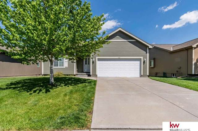 13611 S 14 Street, Bellevue, NE 68123 (MLS #22109743) :: The Homefront Team at Nebraska Realty