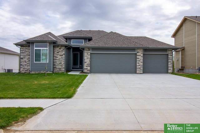 11111 Sunburst Drive, Papillion, NE 68046 (MLS #22109764) :: The Homefront Team at Nebraska Realty