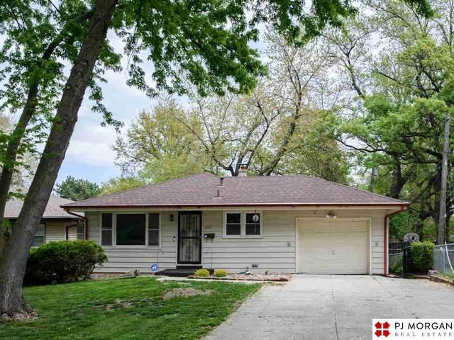 6909 N 41st Circle, Omaha, NE 68112 (MLS #22109785) :: Don Peterson & Associates