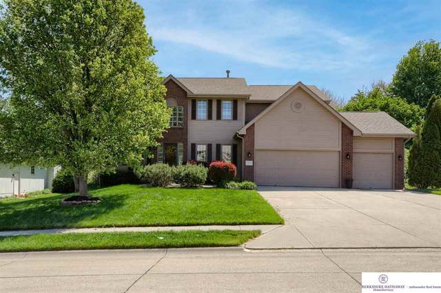13405 Tregaron Circle, Omaha, NE 68123 (MLS #22109792) :: The Homefront Team at Nebraska Realty
