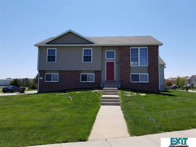 930 Lamont Drive, Lincoln, NE 68528 (MLS #22109811) :: The Homefront Team at Nebraska Realty