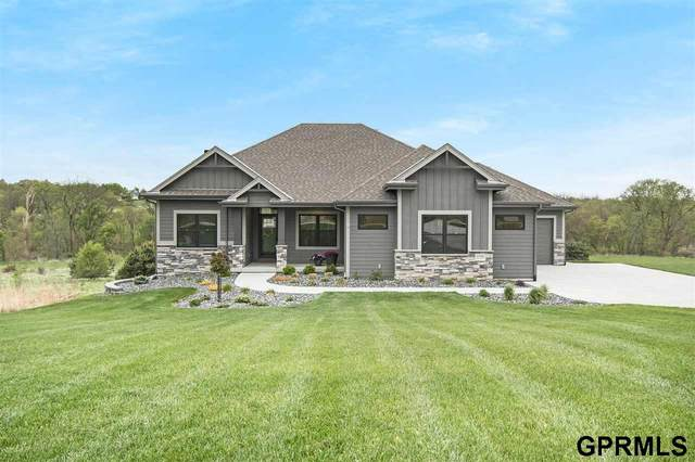 4199 Woodcrest Circle, Blair, NE 68008 (MLS #22109866) :: The Briley Team