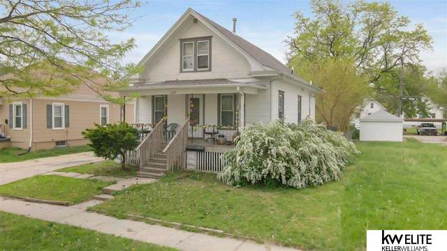 945 Claremont Street, Lincoln, NE 68508 (MLS #22109887) :: Cindy Andrew Group
