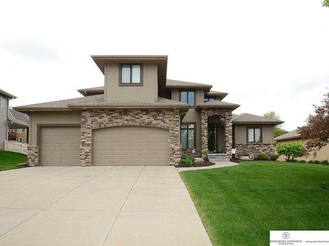 20156 George B Lake Parkway, Omaha, NE 68022 (MLS #22109945) :: Lincoln Select Real Estate Group
