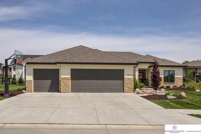 532 Devonshire Drive, Gretna, NE 68028 (MLS #22109966) :: Complete Real Estate Group