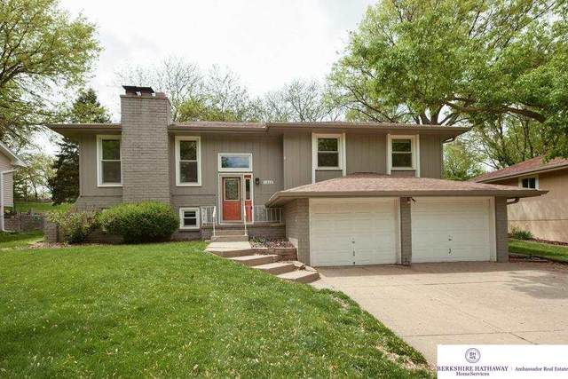 1312 Greenwood Avenue, Papillion, NE 68133 (MLS #22109970) :: The Briley Team