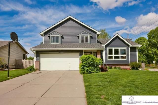 1202 Cedarwoods Drive, Papillion, NE 68046 (MLS #22110051) :: The Briley Team