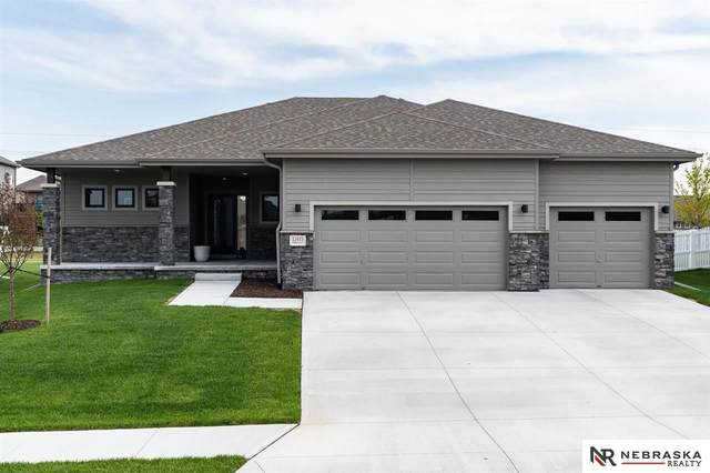 12455 Pheasant Run Lane, Papillion, NE 68046 (MLS #22110054) :: kwELITE