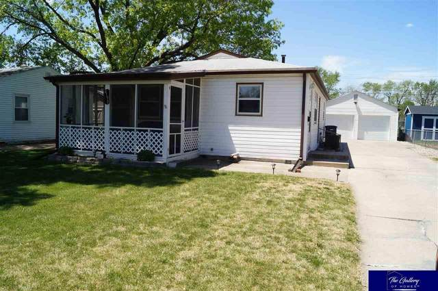 4190 S 62 Street, Omaha, NE 68117 (MLS #22110063) :: Capital City Realty Group