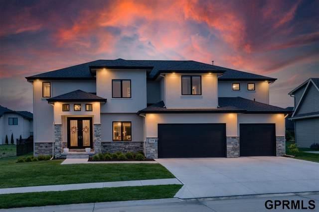 2116 S 210 Street, Elkhorn, NE 68022 (MLS #22110109) :: Omaha Real Estate Group