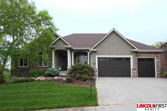 9517 Hollow Tree Place, Lincoln, NE 68512 (MLS #22110127) :: Lincoln Select Real Estate Group
