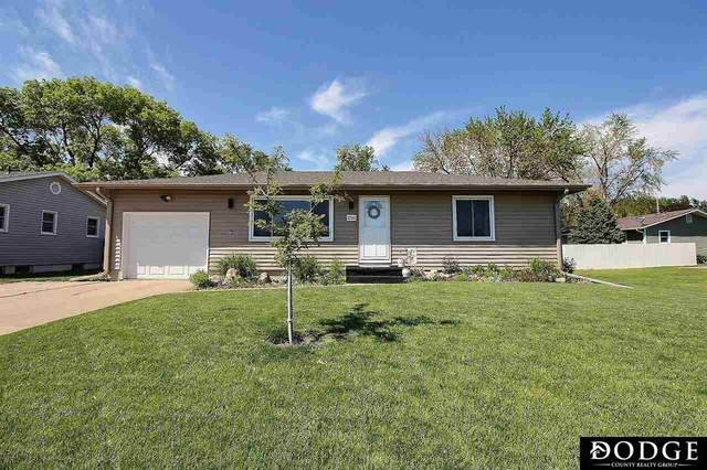 1510 W 9th Street, Fremont, NE 68025 (MLS #22110141) :: Don Peterson & Associates