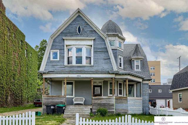 1034 S 29 Street, Omaha, NE 65105 (MLS #22110179) :: Lincoln Select Real Estate Group