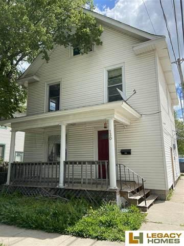 130 N 28 Street, Lincoln, NE 68503 (MLS #22110189) :: The Briley Team