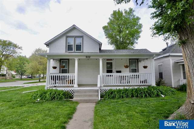 902 Garfield Street, Lincoln, NE 68502 (MLS #22110190) :: The Briley Team